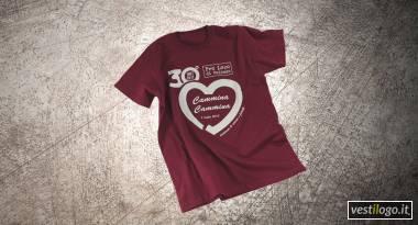 Tshirt colorata con stampa grande ad 1 colore