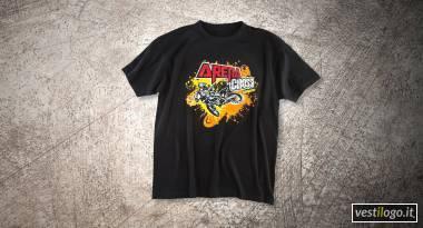 Tshirt nera racing con stampa effetto spray